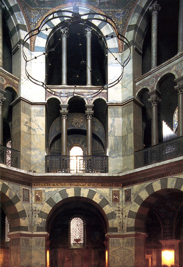Fig. 16: Palatine chapel in Aachen, Germany. Credit: paltskapel, SN