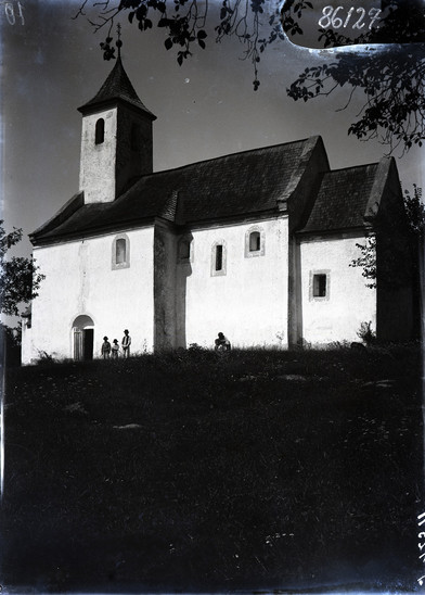 Fig. 30: St George Church in 1911. Credit: J. Ernyey, archive of the Ethnographic Museum in Budapest