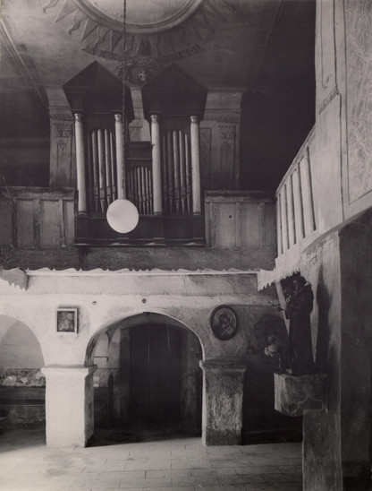 Fig. 31: Interior of the gallery annex of St George Church from the first half of the 13th century, taken in 1958. Credit: The Monuments Board of the Slovak Republic