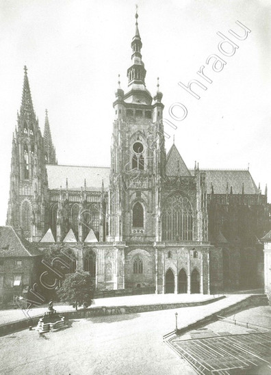 Fig. 24: The Cathedral of St Vitus, Wenceslas and Adalbert after the completion of the western part. Photograph taken before the excavation in the 3rd courtyard in the 1920s. Credit: The Archive of the Prague Castle