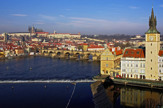 Fig. 29: Prague Castle from the south, in the foreground the former suburbium (today's Lesser Town)and the Charles Bridge. Credit: Martin Frouz