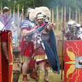 Fig. 56: Living history with re-enactment: a Roman military detachment in the field. Credit: The Provinciaal Archeologisch Museum Velzeke